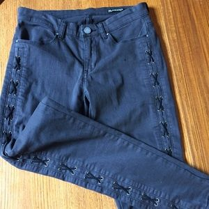 BLANKNYC NWOT skinny side cross lace jeans 27
